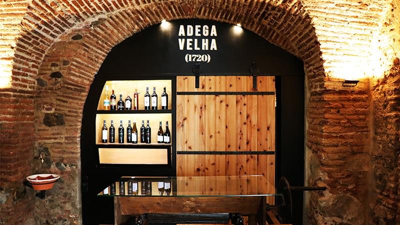 Adega Cooperativa de Vidigueira, Cuba e Alvito  Adega Venha Vinho